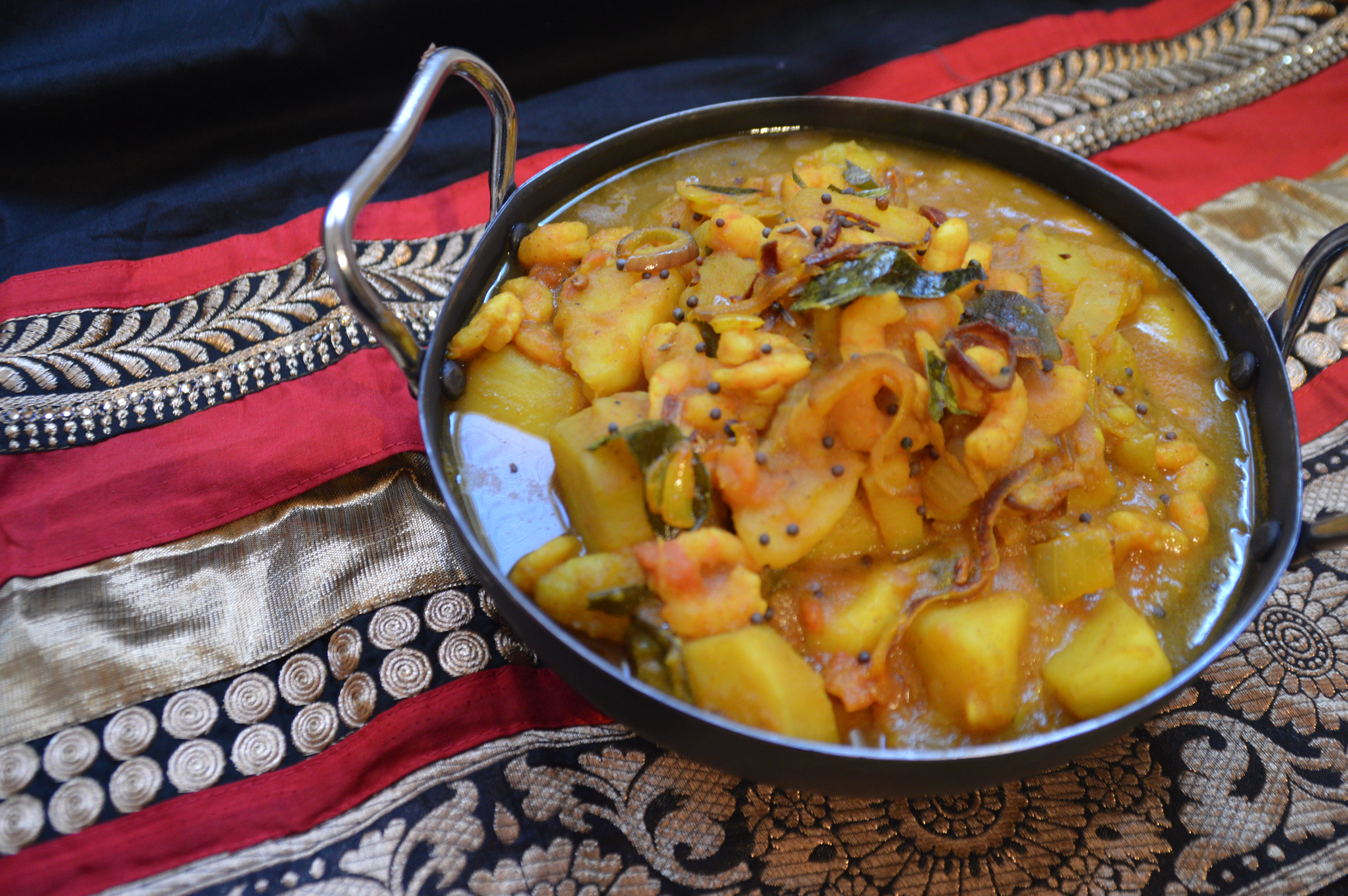 Potato and Prawn Curry 030